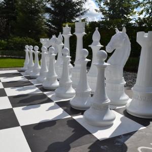 Гигантские фигуры отдельные шахматы