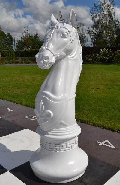 Шахматная фигура - конь